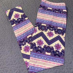 Lularoe TC purple cream Aztec chevron leggings